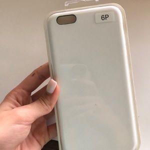 IPHONE 6 PLUS WHITE CASE!!! NEWWW